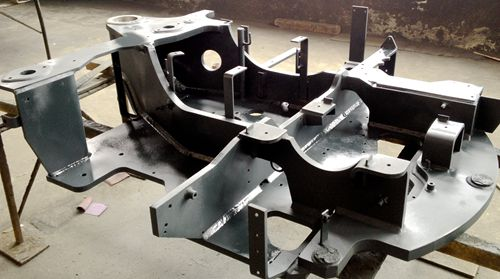 Metal Fabrication for Mini-excavator's Turntables | XDL